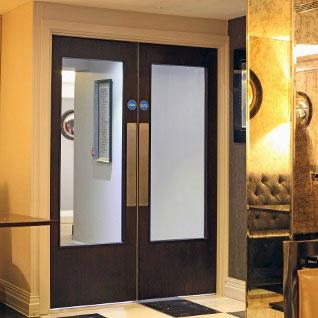 Hotel Double door